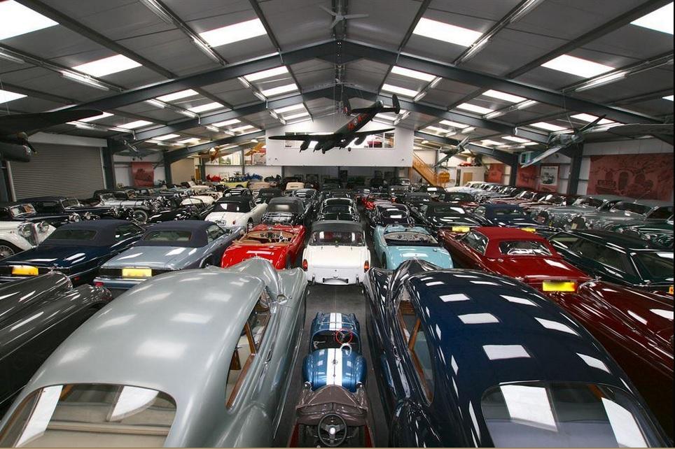 Jaguar Land Rover kupił największą kolekcję brytyjskich aut