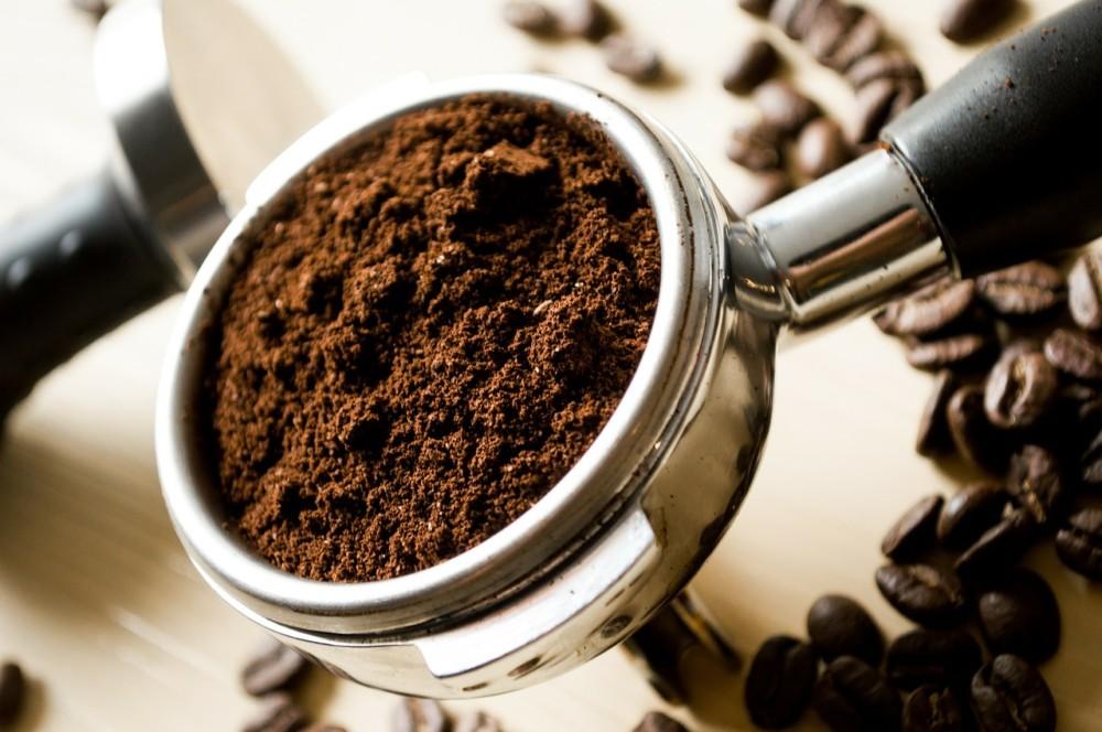 Mała czarna…z kawą na Ty