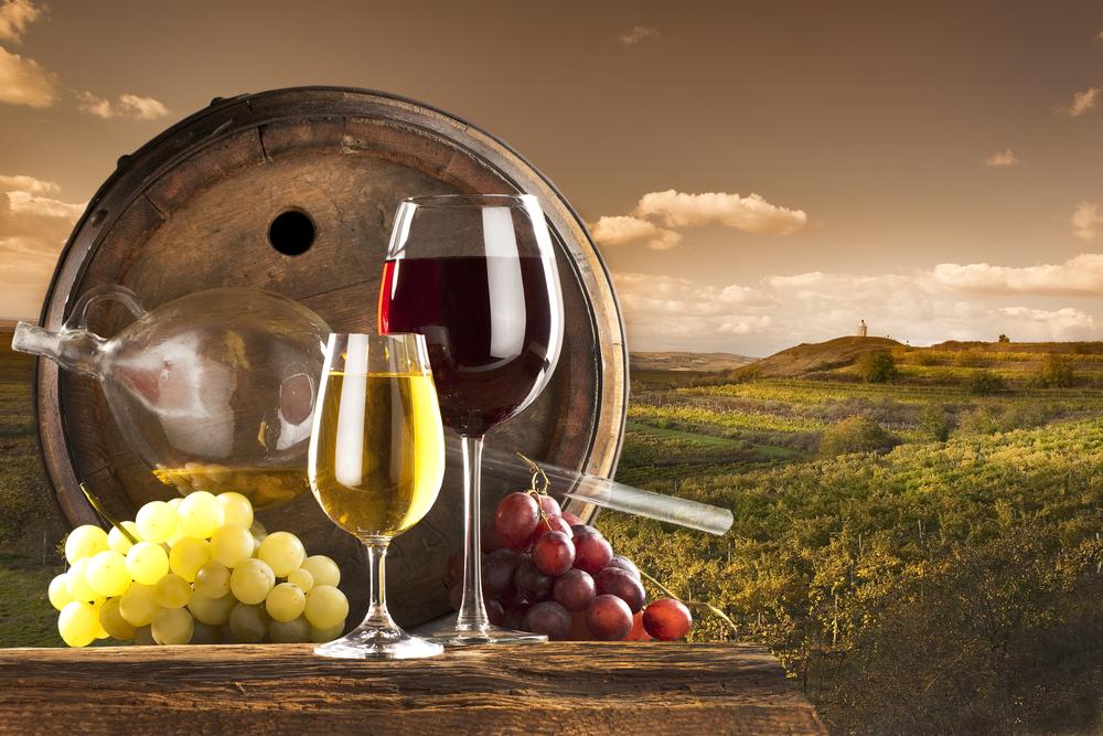Czerwone wino – pomaga czy szkodzi?