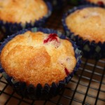 Jogurtowe mufinki jagodowo – wiśniowe