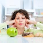 7 sposobów na to by zacząć jeść mniej!