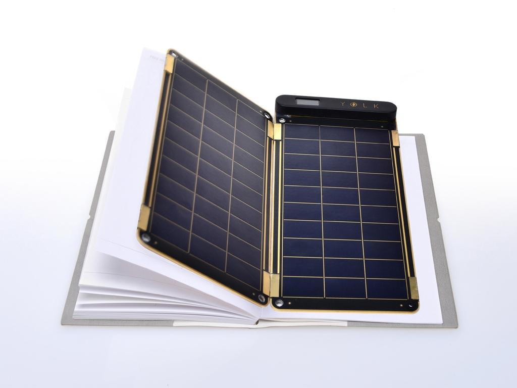 Solar Paper naładuje  urządzenia mobilne energią słoneczną