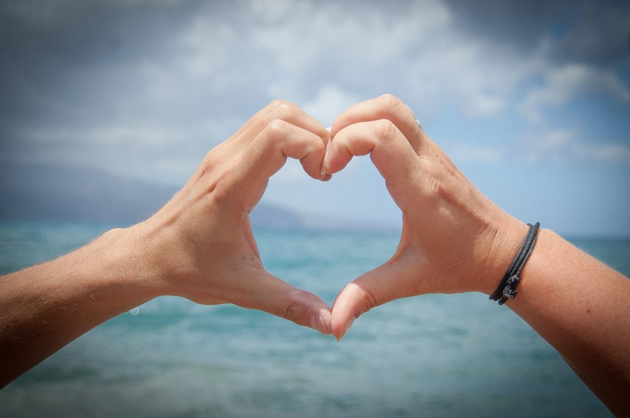 Co znaczy dla nas słowo kocham? Jak szybko wyznajemy miłość wybrankowi ?