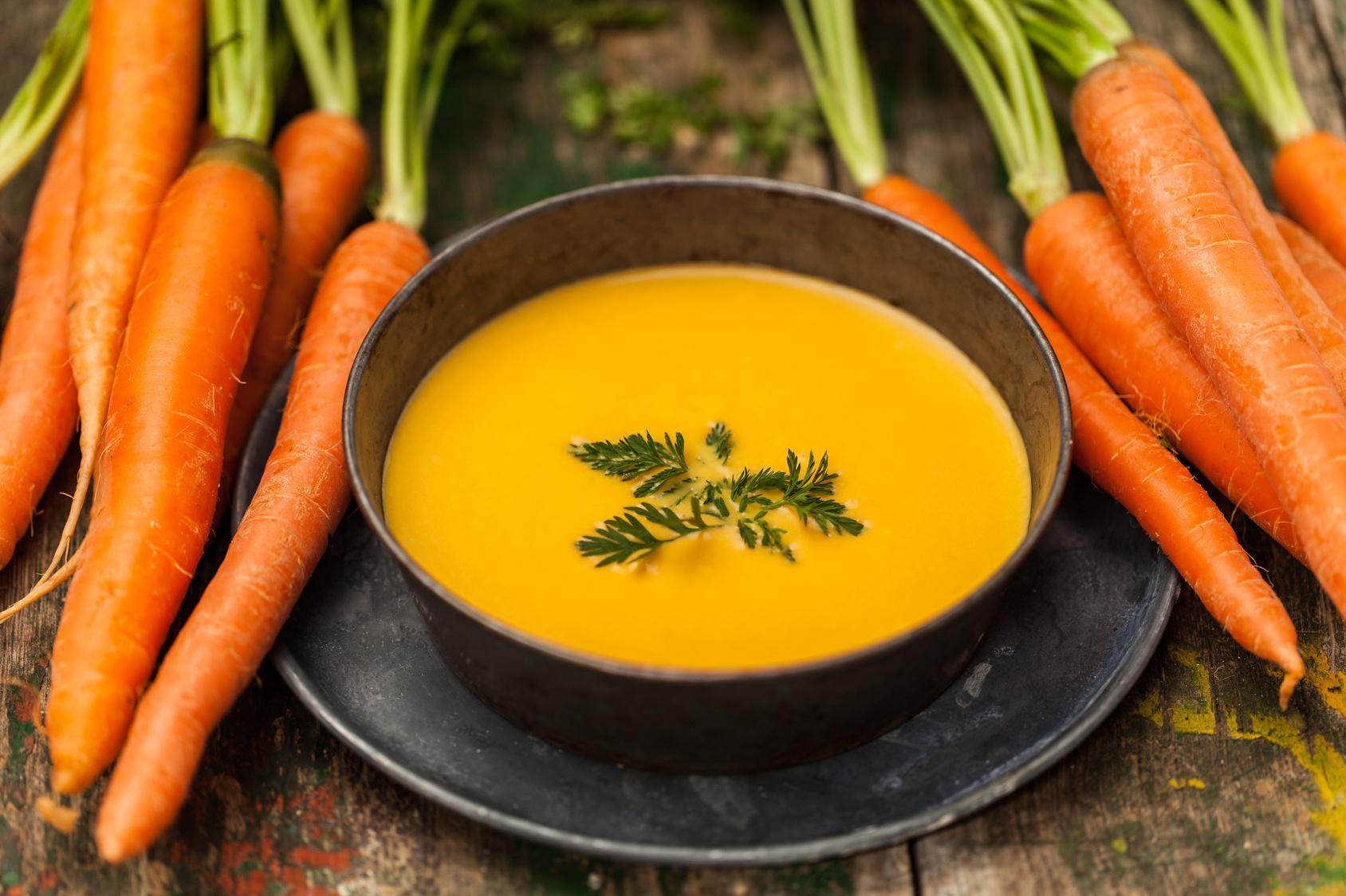 Szybka i prosta marchewkowa zupa krem z curry
