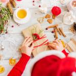 Jak uniknąć świątecznej gorączki. 10 kroków do spokojniejszych i weselszych świąt