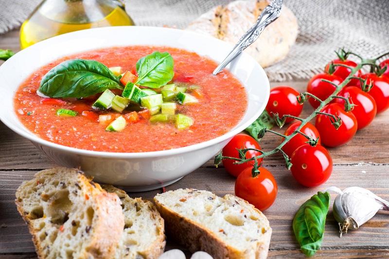 Szybka zupa gazpacho. Odkrywamy hiszpańskie smaki