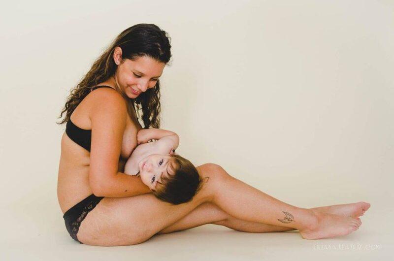 Zdjecia kobiet po ciazy nietkniete photoshopem  Zamiast popadac w kompleksy z duma prezentuja swoje ciała2
