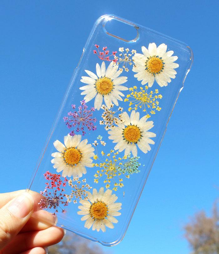 Flower power celebruj nadejscie wiosny z case'ami  pełnymi zywych kwiatow.13jpg