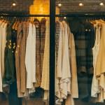 ZAWSZE upierz nowe ubrania przed założeniem! Dermatolog wyjaśnia dlaczego