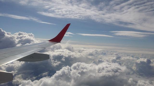 aircraft-1252441_640