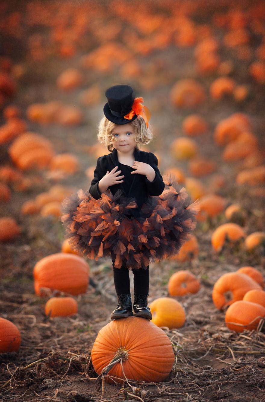 Polka swoim hobby zauroczyla cały swiat. Tworzy magiczne kostiumy dla swoich dzieci i fotografuje je w bajowej scenerii2