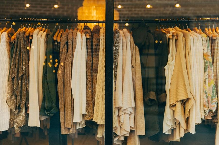 Zawsze upierz nowe ubrania przed zalozeniem! Dermatolog wyjasnia dlaczego
