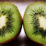 Kiwi – jeden owoc wystarczy, by uzupełnić dziennie zapotrzebowanie organizmu na witaminę C