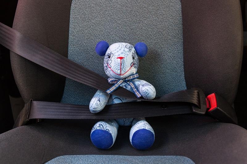 Auta  GMC przypomną o dziecku na tylnym siedzeniu