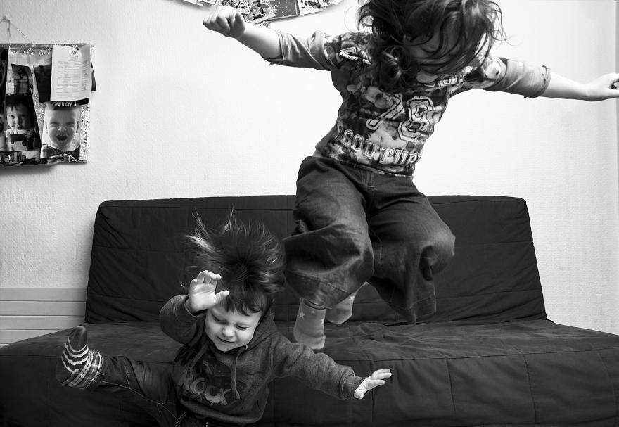 Fotograf dokumentuje zycie swoich dzieci, robiąc im jedno zdjęcie kazdego dnia