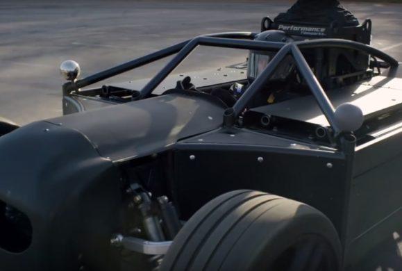 Blackbird: elektryczny pojazd, który może zrewolucjonizować tworzenie reklam samochodowych