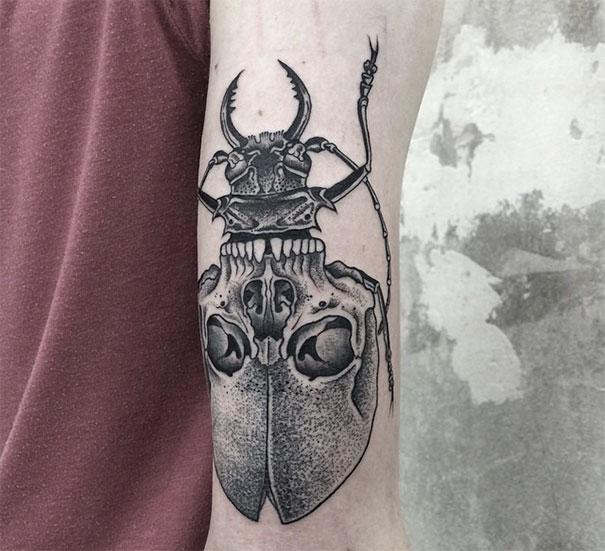 Symetryczne tatuaze autorstwa Valentina Hirsch11