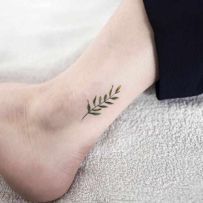 delikatne-_-piekne-i-ultra-kobiece-tatuaze-w-wykonaniu-artysty-z-korei-poludniowej6