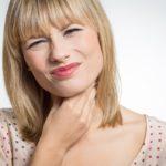 Zapalanie krtani: naturalne metody leczenia. Jak zapobiegać utracie głosu?