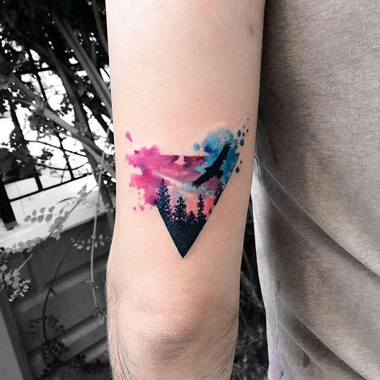 15-wzorow-na-tatuaze-z-ptakami-_-znaczenie-i-symbolika14