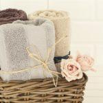 Jak często powinno wymieniać się ręcznik kąpielowy? Tylko 20 proc. z nas robi to w odpowiednim czasie