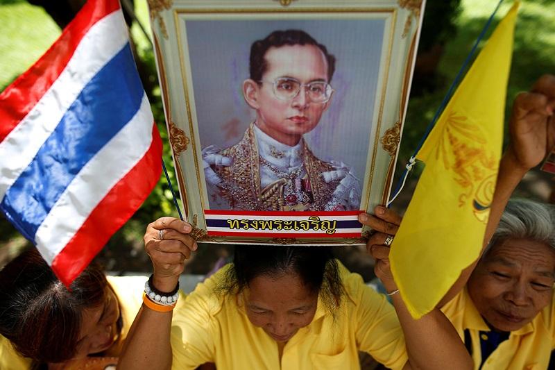 krol-tajlandii-bhumibol-adulyadej-rama-ix-nie-zyje2