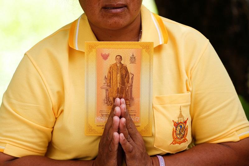 krol-tajlandii-bhumibol-adulyadej-rama-ix-nie-zyje3