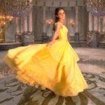 """7 pierwszych zdjęć, które zdradzają jak Emma Watson będzie wyglądała w  najnowszej ekranizacji """"Pięknej i Bestii"""""""