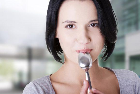 Test łyżeczki pozwoli Ci sprawdzić stan swojego zdrowia w jedną minutę